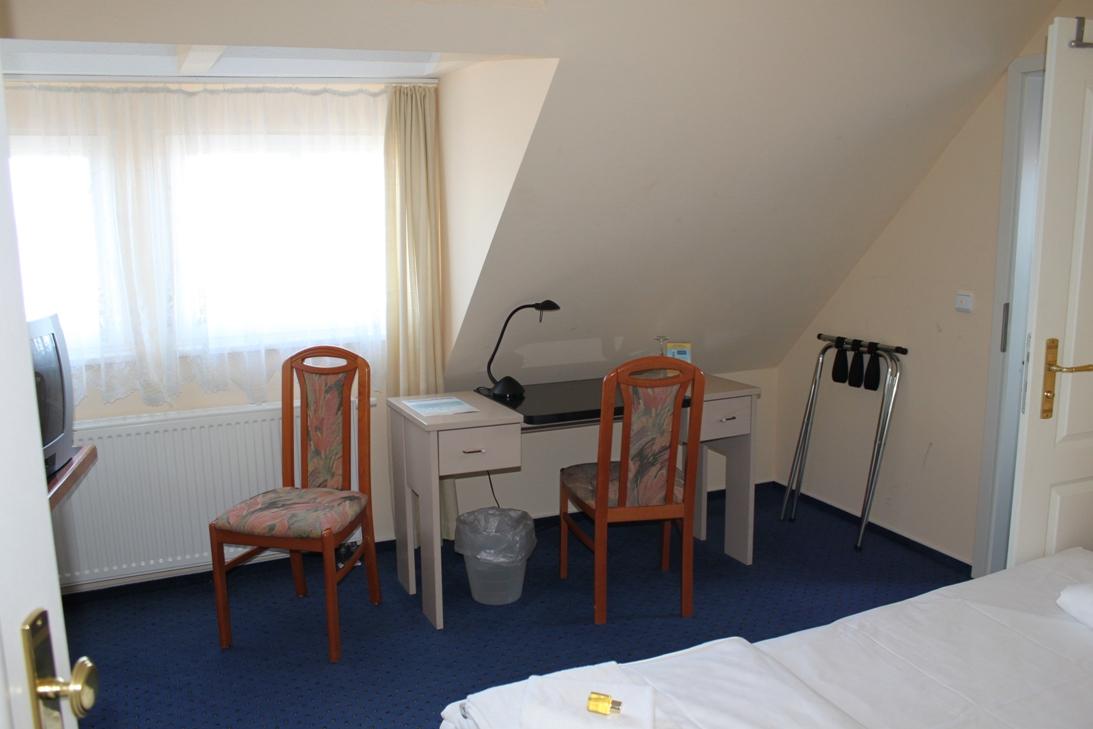 Die zimmer hotel stolteraa for Zimmer hotel
